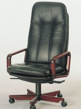 8997W executive chair w/leather black